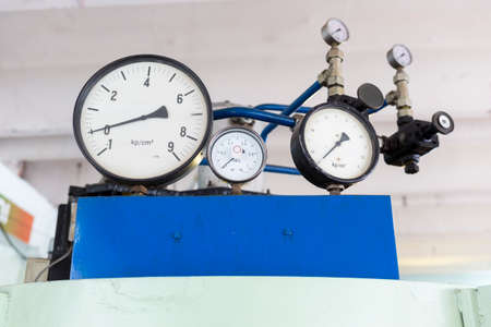 educational research: Pressure indicators in a student laboratory in an European technical university. kpcm2, Mpa. Facility designed for educational research, tests and exams. Stock Photo