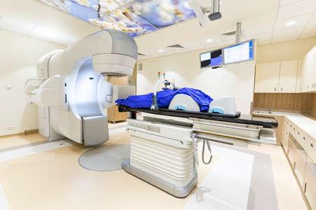 Een radiotherapie voor patiënten met caner. Moderne de behandeling van kanker in een nieuw ziekenhuis.
