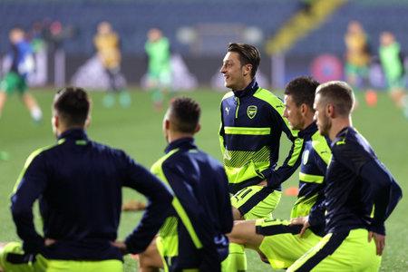 heats: Sofia, Bulgaria - November 1, 2016: Arsenals Mesut Ozil heats up before UEFA Champions League football match between Ludogorets Razgrad and Arsenal at Bulgarias National Stadium. Editorial