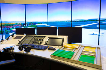 Air traffic control simulator station. 免版税图像 - 147526623