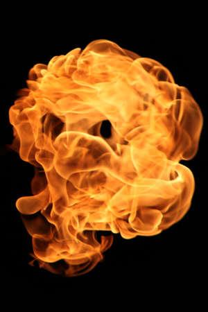 llama: vero volto cranio taked da una verticale della fiamma verticale originale non photoshop