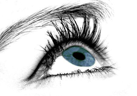 maquillage: oeil bleu