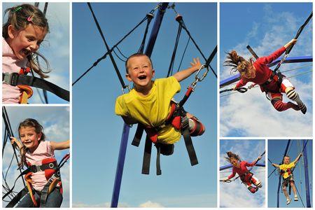 bungee jumping: Ni�os peque�os saltando en la cama el�stica (bungee jumping).