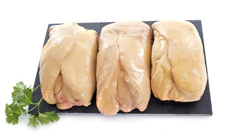 foie gras in de voorkant van de witte achtergrond
