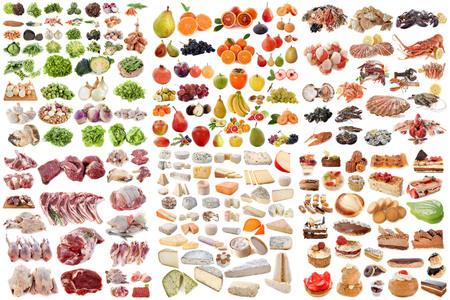 groep van voedsel in de voorkant van de witte achtergrond