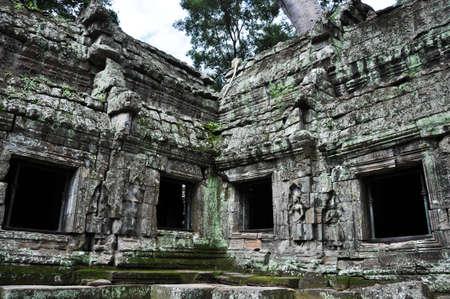emboss: Ta prohm Temple