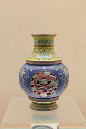 dynasty: Ancient porcelain vase