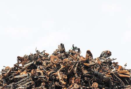 Schroot metaal geïsoleerd op de witte achtergrond Stockfoto