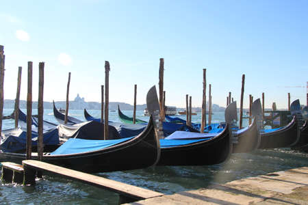 gondoliers: Gondolas in Venice