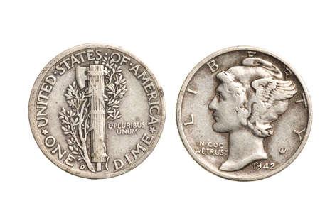 antikem Silber Dime isoliert auf wei�em Hintergrund