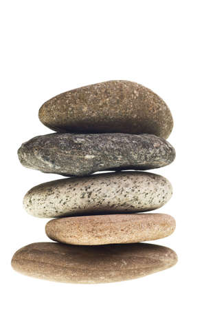 Fluss Steine gestapelt isoliert auf wei�em Hintergrund