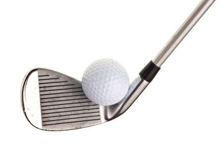 골프 클럽 및 흰색 배경에 고립 된 공