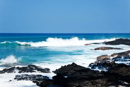 the granola: Vista costera en la gran isla de Hawai, con rocas de lava