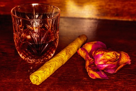 drunks: Whiskey drinks with cigars on wooden table