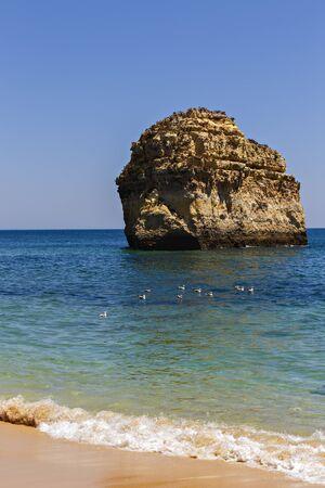 mooi strand aan de Atlantische Oceaan, Algarve, Portugal Stockfoto
