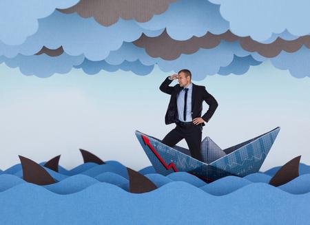 Homem de negócios que procura oportunidades novas e que navega no mar tormentoso dos papéis. Ondas de papel, nuvens, barco e tubarões.