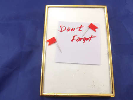 don't: word don t forget oblue background Stock Photo