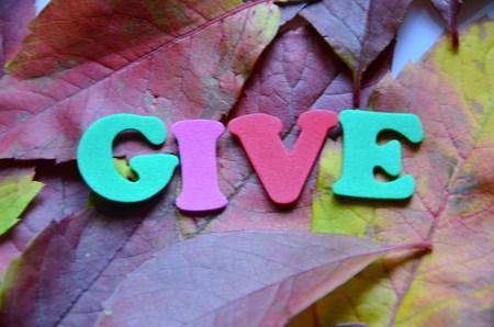 gifting: dar la palabra Foto de archivo
