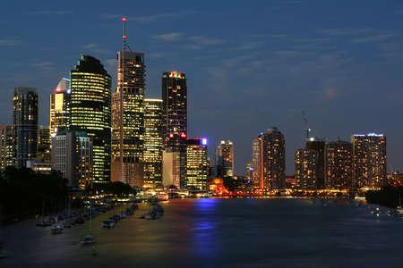 acute angle: Brisbane