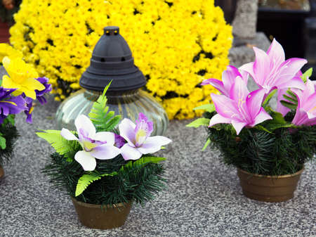 fires artificial: artificial flowers on the grave