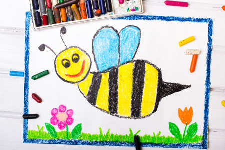 bee on white flower: Colorful drawing - cute bee with happy face