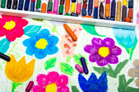 children painting: Colorful drawing : beautiful flowers