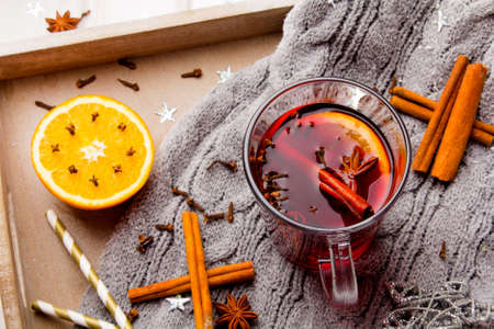 Christmas mulled wine with cinnamon, orange and anise Stock Photo - 91139275