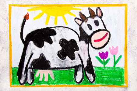 Colorful hand drawing: smiling cow in the pasture Imagens