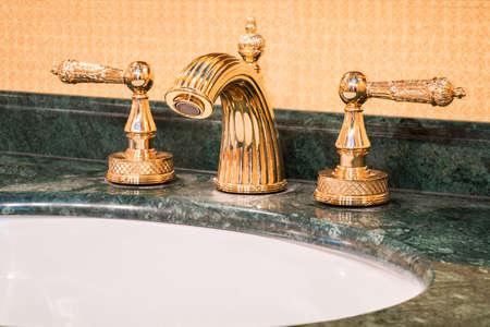 Retro faucet in gold