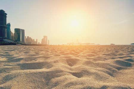 Sandy beach on Dubai Marina, made with Vintage Tones, Warm tones. Vacation or travel holiday concept. 免版税图像