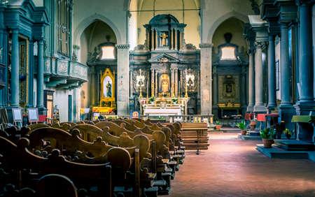 settles: Interior of tuscan San Francesco church in town Cortona, Italy Editorial