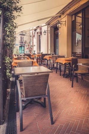 pienza: Tuscan restaurant during sjesta time in Pienza city, Italy