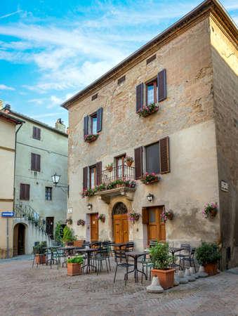 captivating: Beautiful architecture of captivating Pienza town, Tuscany