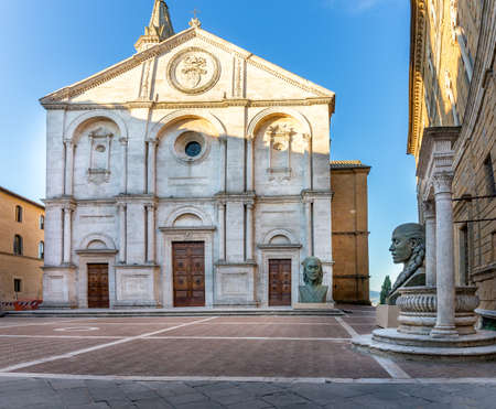 pienza: Antique cathedral at the main square in Pienza town, Tuscany