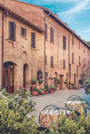 pienza: Beautiful architecture of captivating Pienza town, Tuscany
