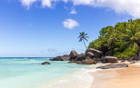 Paradise island in the Seychelles, sandy beach and blue sky over Indian Ocean Reklamní fotografie