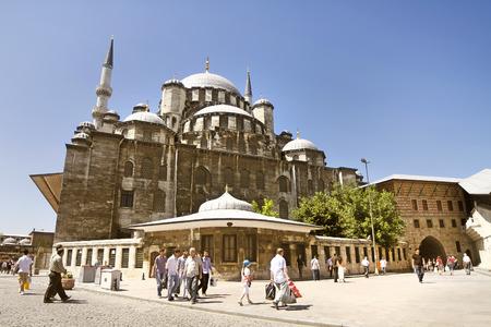 cami: New Mosque Yeni Cami Istanbul Turkey Editorial