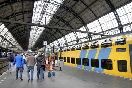 Amsterdam Hauptbahnhof Niederlande Standard-Bild - 41053167