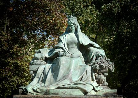 elisabeth: Statue Of Empress Elisabeth of Austria (Erzsebet Kiralyne), Budapest, Hungary