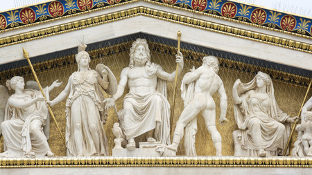 아테네의 아카데미, 그리스의 국립 아카데미에서 고대 그리스 신들의 동상, 그리고 국가에서 가장 높은 연구 설립. 아테네, 그리스