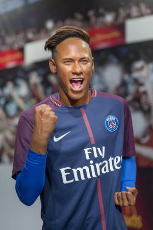 Wachsskulptur von Neymar Jr. bei Madame Tussauds Istanbul. Neymar Jr. ist ein brasilianischer Fußballprofi, der als Stürmer für den französischen Verein Paris Saint-Germain spielt