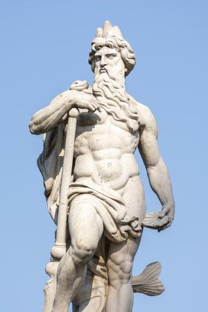 Detail der Neptun-Statue auf Danubius-Brunnen im Erzsebet Park, Budapest, Ungarn. Standard-Bild