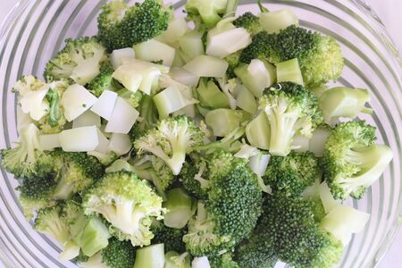Broccoli Salad With Lemon Sauce