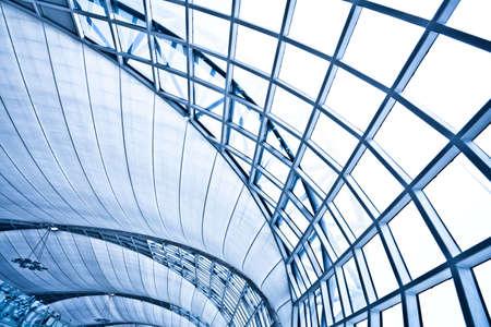 arquitectura abstracta: Fondo interior de la pared de abstracto azul, composici�n horizontal de derecho Foto de archivo