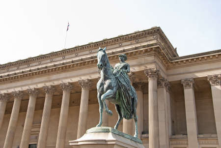 A Statue of Queen Victoria on Horseback outside St Georges Hall Liverpool Stock Photo