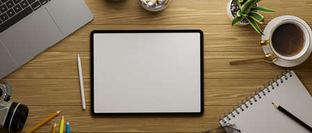 Top view of digital tablet with mock-up screen on flat lay working space, 3D rendering, 3D illustration 版權商用圖片