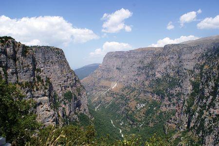 the deepest: Vikos Gorge en Grecia, el ca��n m�s profundo de Europa