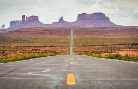 u s: U S  Route 163 Scenic Byway in Arizona and Utah towards Monument Valley
