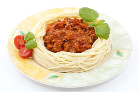 sauce tomate: P�tes � la sauce tomate et basilic frais