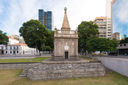 Ancient Fountain in Downtown of Rio de Janeiro City Фото со стока - 153147857